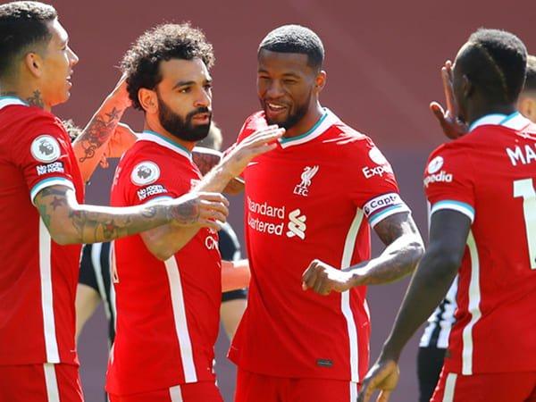 Carragher Beri Tips Pada Liverpool untuk Persoalan Lini Depan