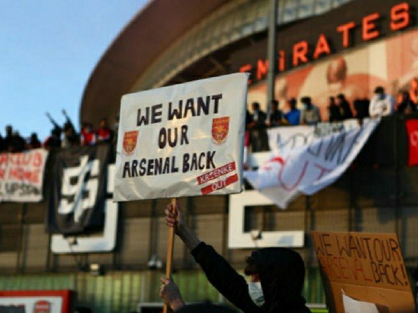 Arsenal akan dijual oleh Kroenke Sports & Entertainment