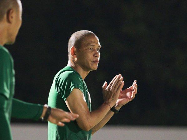 Asisten pelatih timnas Indonesia, Nova Arianto