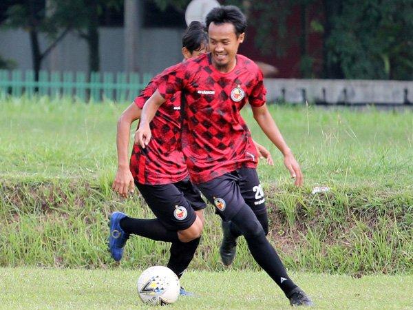 Sunarto dipertahankan Semen Padang FC