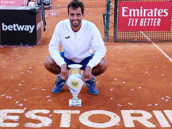 Albert Ramos Vinolas jadi juara Estoril Open 2021