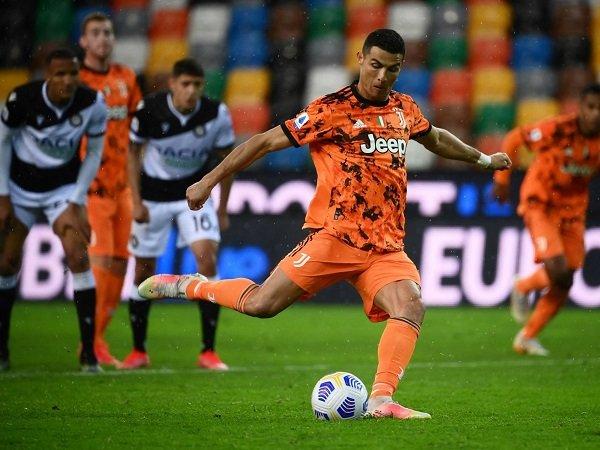 Juventus kalahkan Udinese berkat dwigol Cristiano Ronaldo.