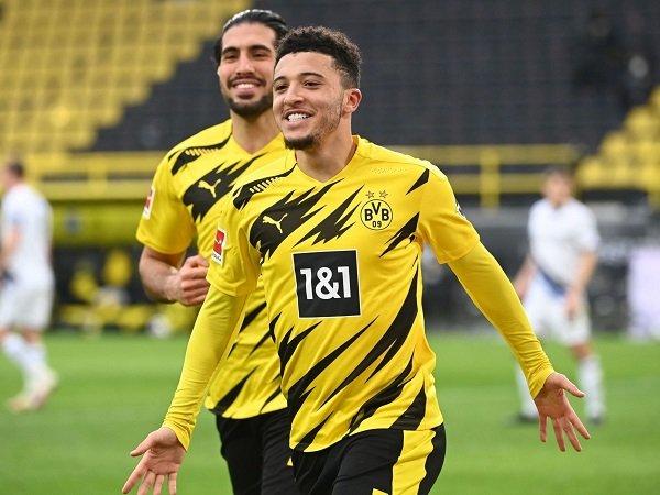 Jadon Sancho berpeluang besar hengkang dari Dortmund akhir musim nanti jika kesepakatan khusus antara dirinya dengan pihak klub diberlakukan.
