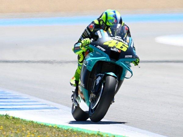 Valentino Rossi belum patah semangat untuk bisa tampil kompetitif lagi.