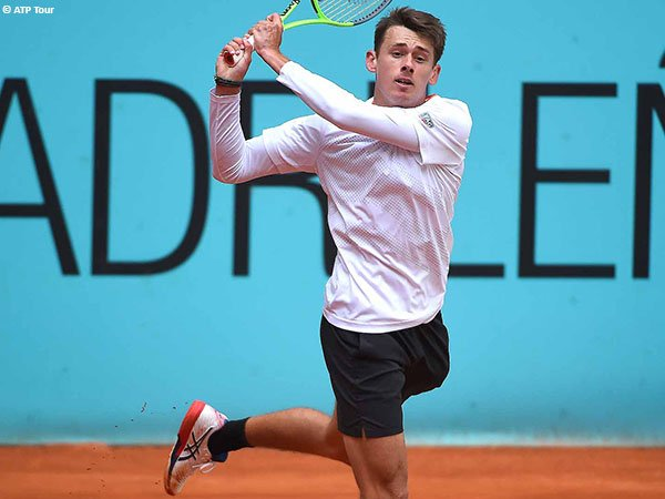 Alex De Minaur lolos ke babak kedua Madrid Open 2021