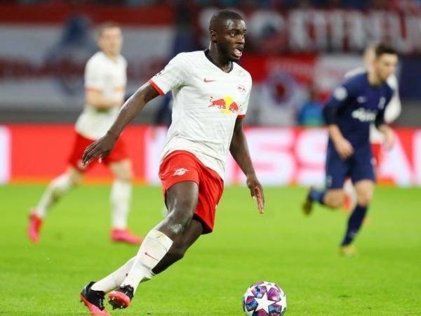 Dayot Upamecano menngungkapkan jika keinginannya bertahan di Jerman menjadi faktor utama yang membuat dirinya memilih untuk pindah ke Bayern Munich