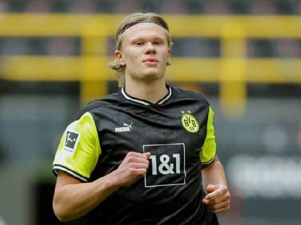 Watzke tegaskan bahwa Erling Haaland akan bertahan di Borussia Dortmund tahun depan