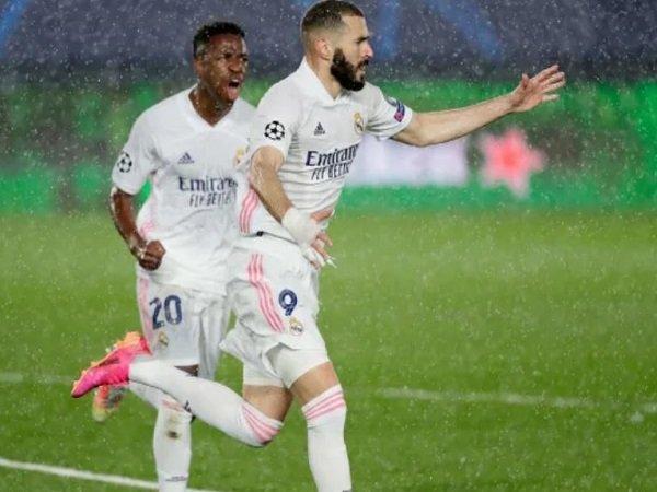 Arsene Wenger dukung Karim Benzema perkuat Timnas Prancis lagi.