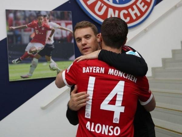 Xabi Alonso menyebut Manuel Neuer sebagai pemain terbaik yang pernah menjadi rekan satu timnya