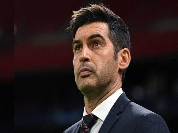 AS Roma resmi tak lagi menggunakan jasa Paulo Fonseca untuk musim kompetisi tahun depan / via Getty Images
