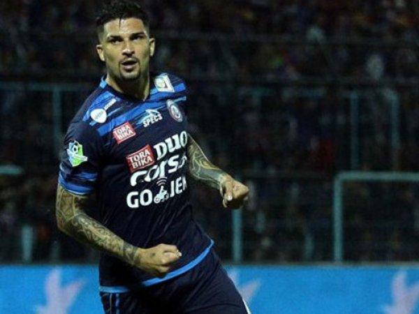 Arthur Cunha segera kembali ke pangkuan Arema FC