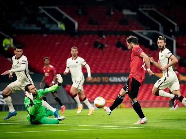 Tandang ke AS Roma, Manchester United tinggal selangkah lagi untuk meraih tiket ke final Liga Europa.