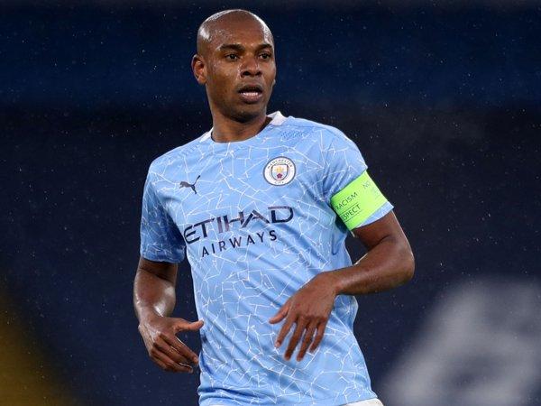Kapten Manchester City, Fernandinho.