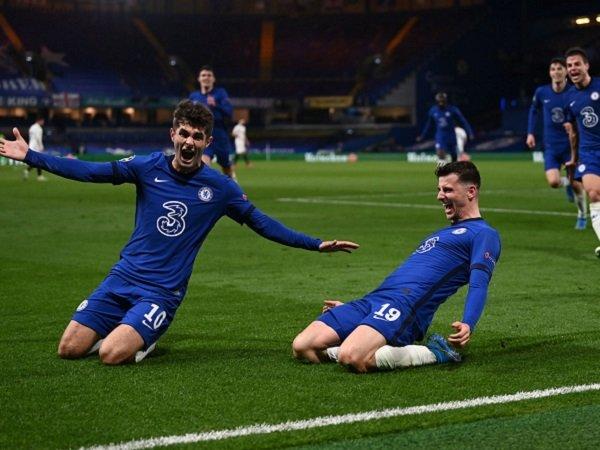 Mason Mount sebut Chelsea harusnya bisa cetak gol ke gawang Real Madrid.