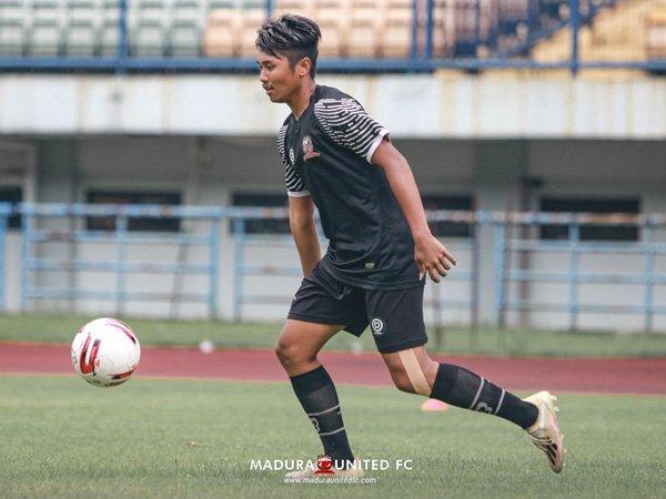 Pemin muda Madura United, Erik Gamis Sanjaya