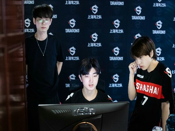 Bangkit di Loser Bracket, Shanghai Dragons Melaju ke Final May Melee