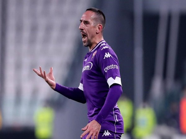 Lazio beri klarifikasi soa transfer Ribery
