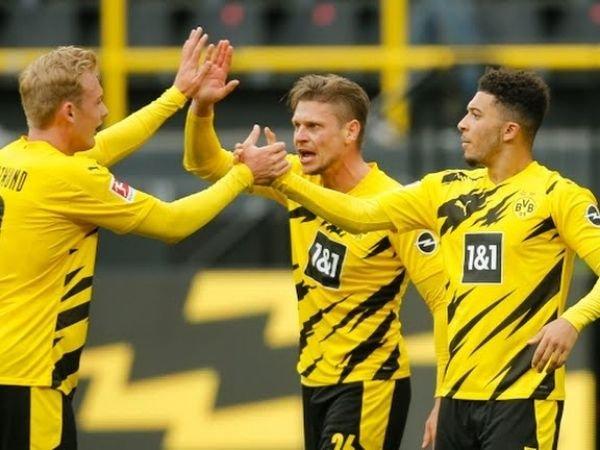 Gol dari Jadon Sancho di penghujung laga mengunci kemenangan Dortmund atas Leipzig