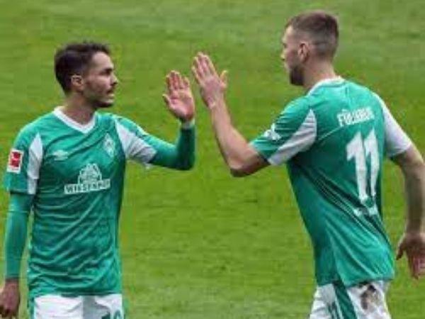 Laga antara Bremen melawan Leverkusen dalam pekan ke-32 Bundesliga berakhir imbang tanpa gol.