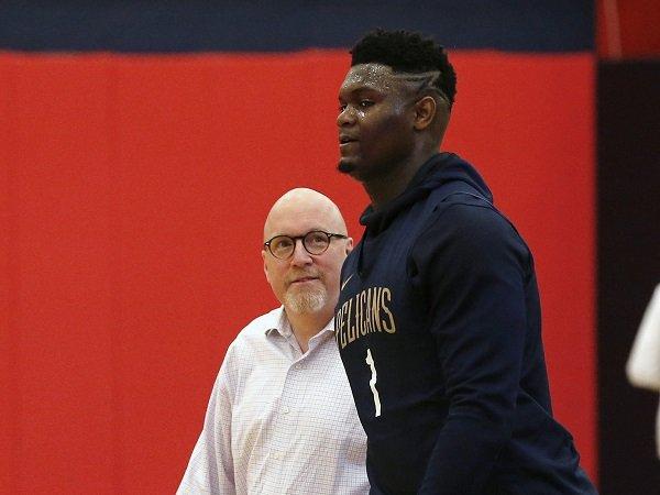 Manajemen Pelicans didenda NBA karena kritik keras soal penyebab cedera Zion Williamson.