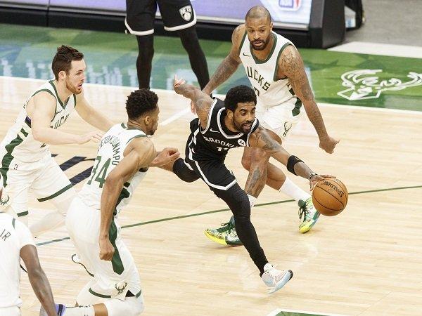 Kyrie Irving tak suka dengan permainan individual Brooklyn Nets.