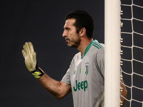 Gianluigi Buffon akan tinggalkan Juventus setelah kontraknya habis.