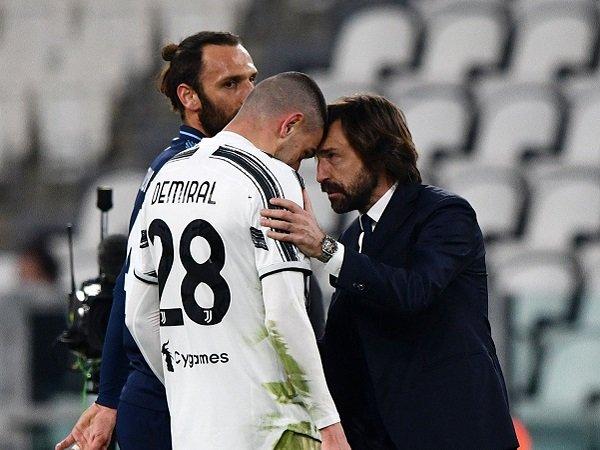 Andrea Pirlo tegaskan Juventus akan hadapi ujian kolektif saat melakoni laga kontra Sassuolo.