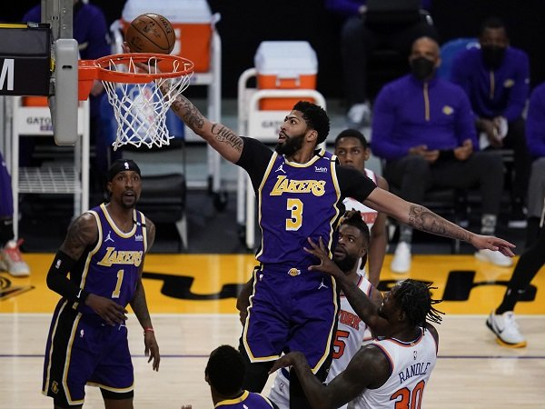 Los Angeles Lakers Menangi Drama Overtime Kontra New York Knicks