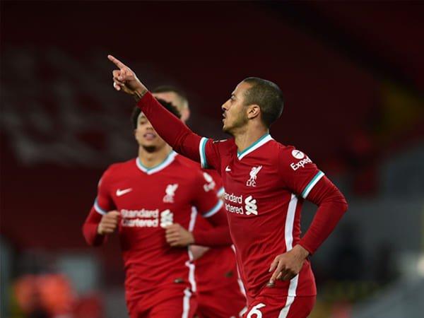 Thiago Ungkap Arti Selebrasi Gol Pertamanya Bagi Liverpool