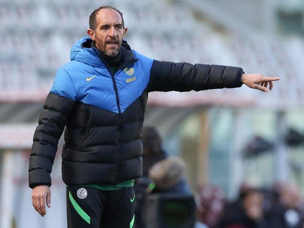 Asisten manajer Inter Milan, Cristian Stellini.