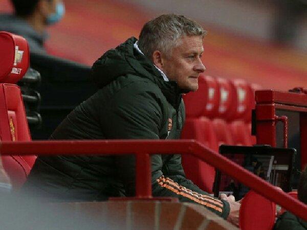 Roy Keane kritik performa buruk Fred dan Scott McTominay saat MU dikalahkan Liverpool