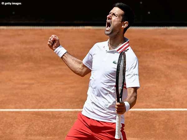 Novak Djokovic melenggang ke semifinal Italian Open 2021