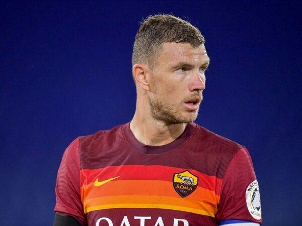 Edin Dzeko persembahkan kemenangan AS Roma dalam derbi untuk Paulo Fonseca