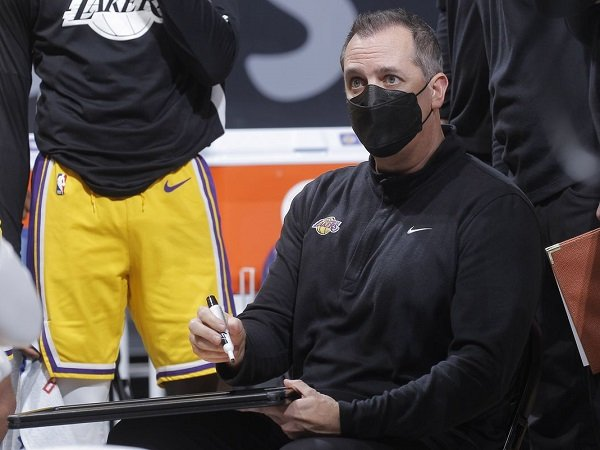 Frank Vogel tegaskan Lakers tak takut jumpa rival manapun di babak playoff.