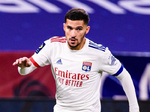 Arsenal gagal mendapatkan Houssem Aouar