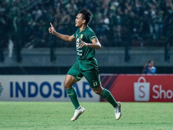 Pemain bertahan Persebaya Surabaya, Rachmat Irianto