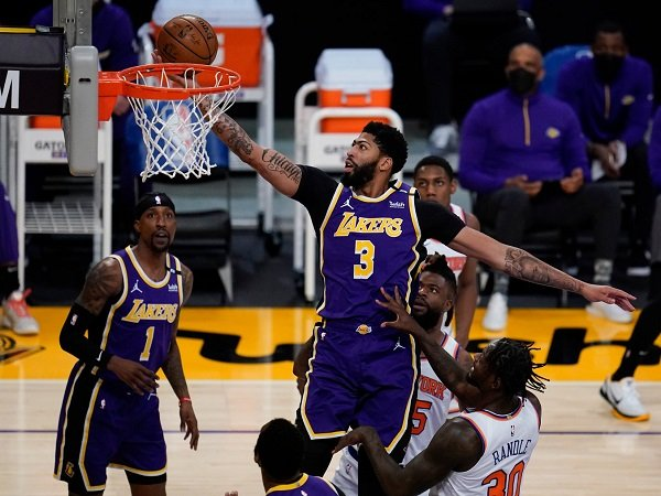 Anthony Davis peringatkan Lakers untuk hati-hati dengan kekuatan Warriors.