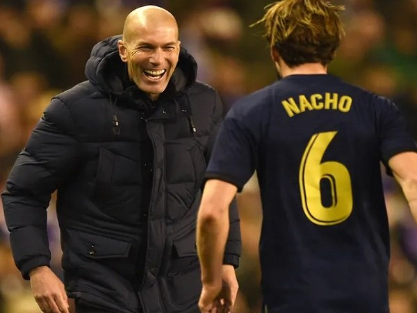 Nacho Fernandez bersama Zinedine Zidane. (Images: Getty)