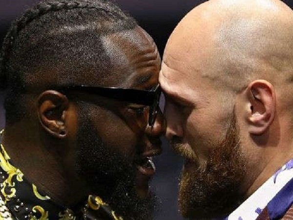 Tyson Fury diwajibkan untuk rematch melawan Deontay Wilder. (Images: Getty)
