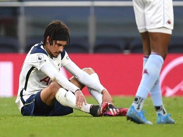 Dele Alli disarankan untuk pindah dari Tottenham oleh eks pemain Spurs / via Getty Images