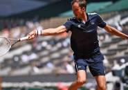 Hasil French Open: Daniil Medvedev Ukir Kemenangan Pertama Di Roland Garros