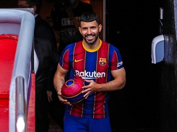 Sergio Aguero bahagia pindah ke Barcelona.