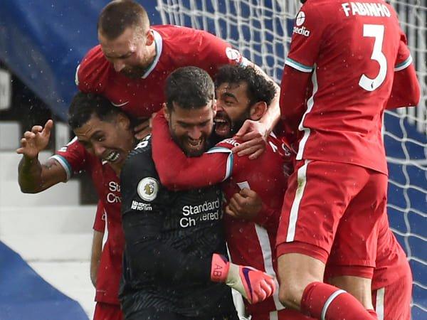 Alisson Rebut Penghargaan Gol Terbaik Liverpool Musim 2020-21