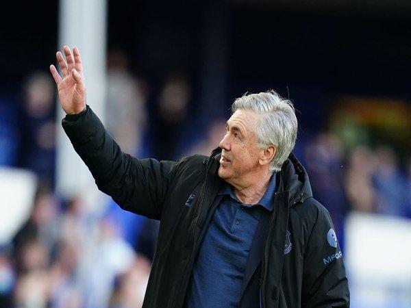 Tinggalkan Everton, Carlo Ancelotti resmi balikan dengan Real Madrid / via Getty Images