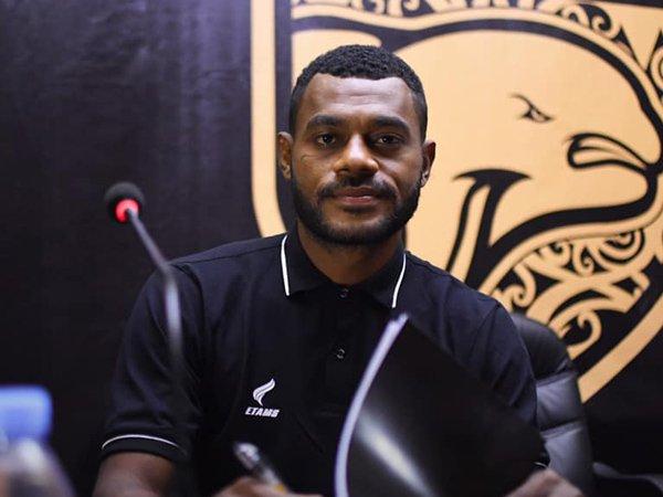 Borneo FC resmikan Marckho Sandy sebagai pemain anyar