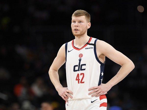 Washington Wizards kehilangan Davis Bertans yang alami cedera betis.