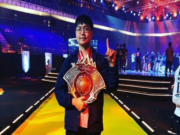 Zeys Ungkap Kunci Sukses Tangani Para Pemain Bintang EVOS Legends