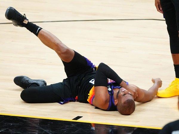 Chris Paul derita cedera bahu tambahan di game kelima lawan L.A Lakers.