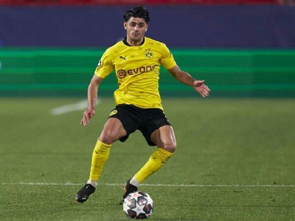 Meski kontrak hampir habis, namun Borussia Dortmund dan Mahmoud Dahoud tetap tenang