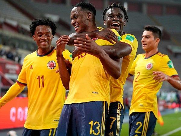 Kolombia berpesta gol kontra Peru, selagi Argentina dan Uruguay tertahan di kualifikasi Piala Dunia 2022..
